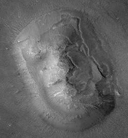 Le visage de Mars vu par Mars Global Surveyor le 8 avril 2001