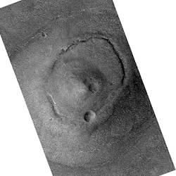 Le Dôme (Tholus) (image Mars Global Surveyor)